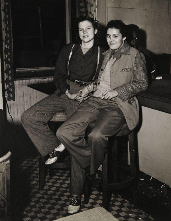 pride weegee girls at the bar 1946